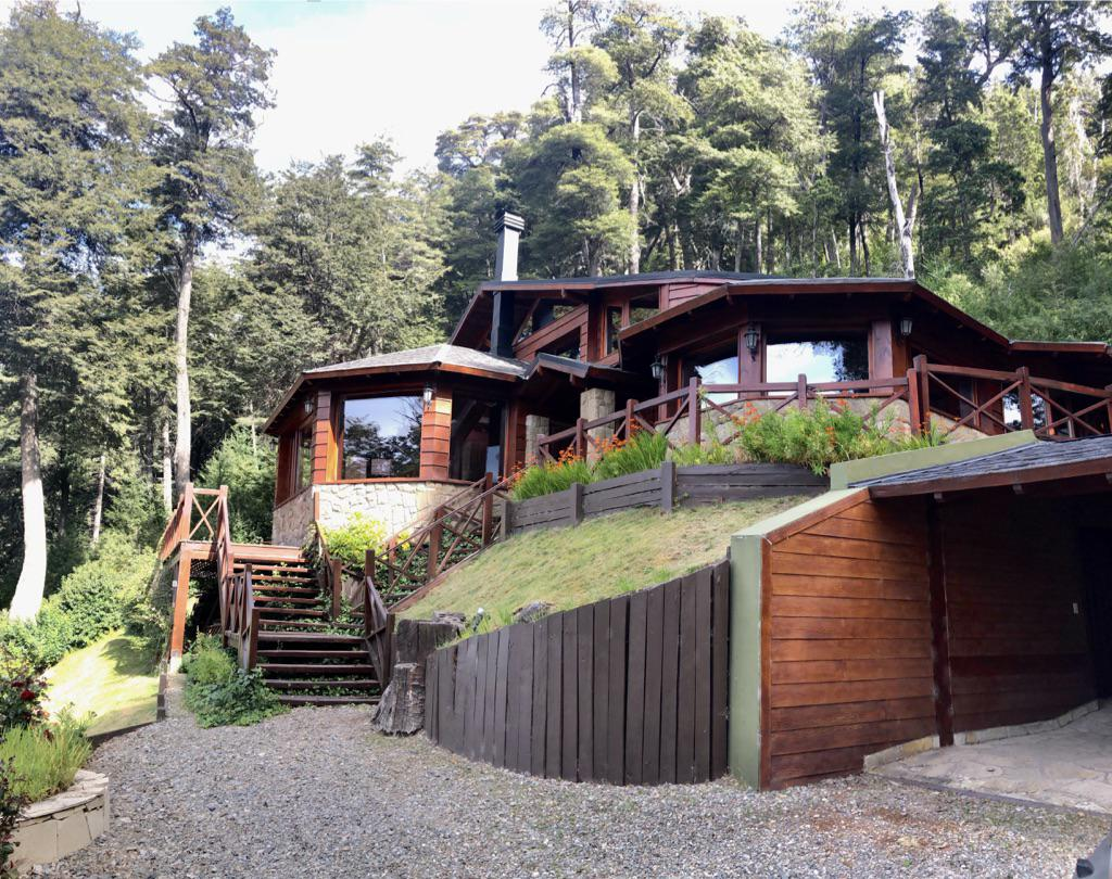 Foto Casa en Alquiler temporario en  Arelauquen,  Bariloche  Sector Montaña