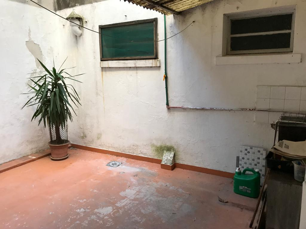 Foto Apartamento en Alquiler en  Prado ,  Montevideo  A metros de Agraciada y Br. Artigas - 1 dorm con patio