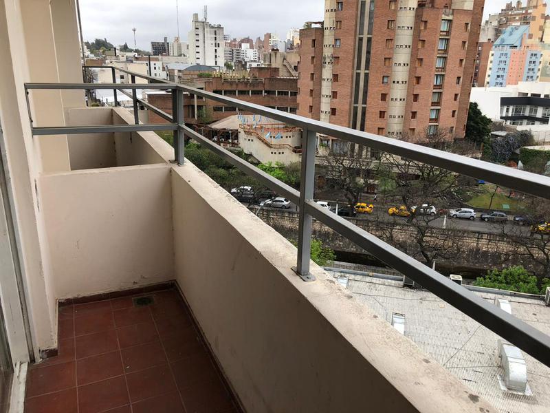 Foto Departamento en Venta en  Guemes,  Cordoba  San luis  331 (esq Cañada) - 2 Dormitorios! Con Balcón