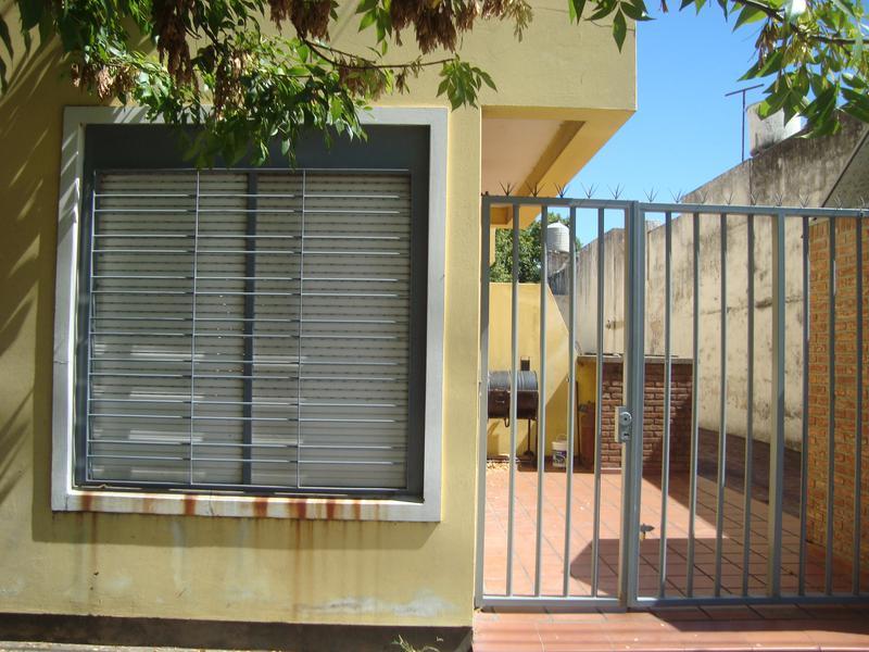 Foto Departamento en Alquiler en  La Plata ,  G.B.A. Zona Sur  39 entre diagonal 80 y boulevard