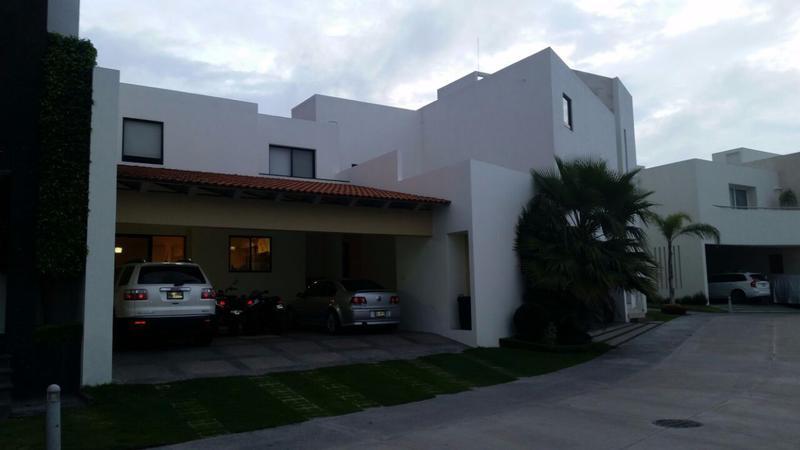 Foto Casa en Renta en  Privadas del Pedregal,  San Luis Potosí  RENTA DE CASA  EN PEDREGAL FASE I