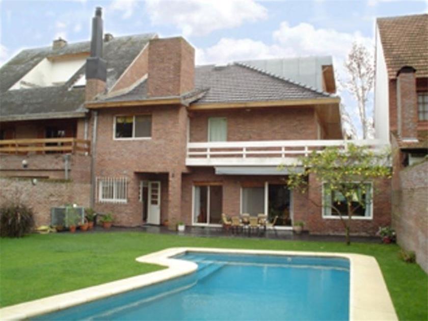 Foto Casa en Venta en  Martinez,  San Isidro  Pirovano al 700