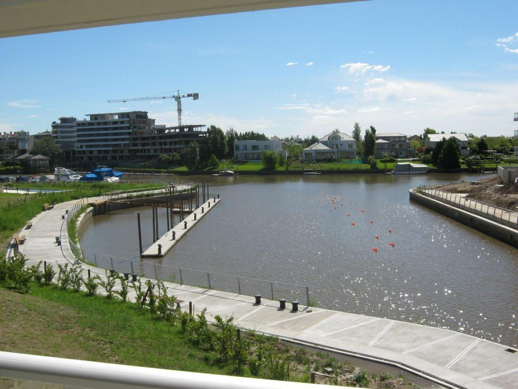 Foto Departamento en Alquiler en  Marinas del Canal,  Bahia Grande  Nordelta departamento de 3 ambientes al Rio!!