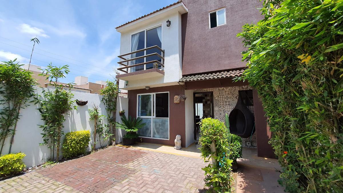 Foto Casa en condominio en Venta en  San Mateo Otzacatipan,  Toluca  Casa en venta 3 recamaras, 2 baños y medio en Fracc. las Misiones 1 Toluca