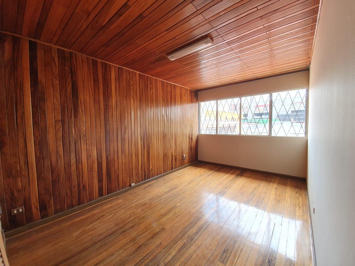 Foto Oficina en Renta en  Mata Redonda,  San José  Nunciatura / 3 oficinas / Espacio de cubículos