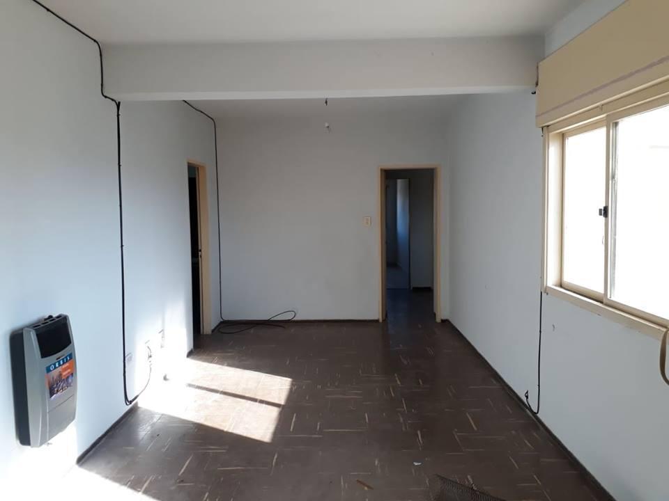 Foto Departamento en Alquiler en  Capital ,  Salta  urquiza 143