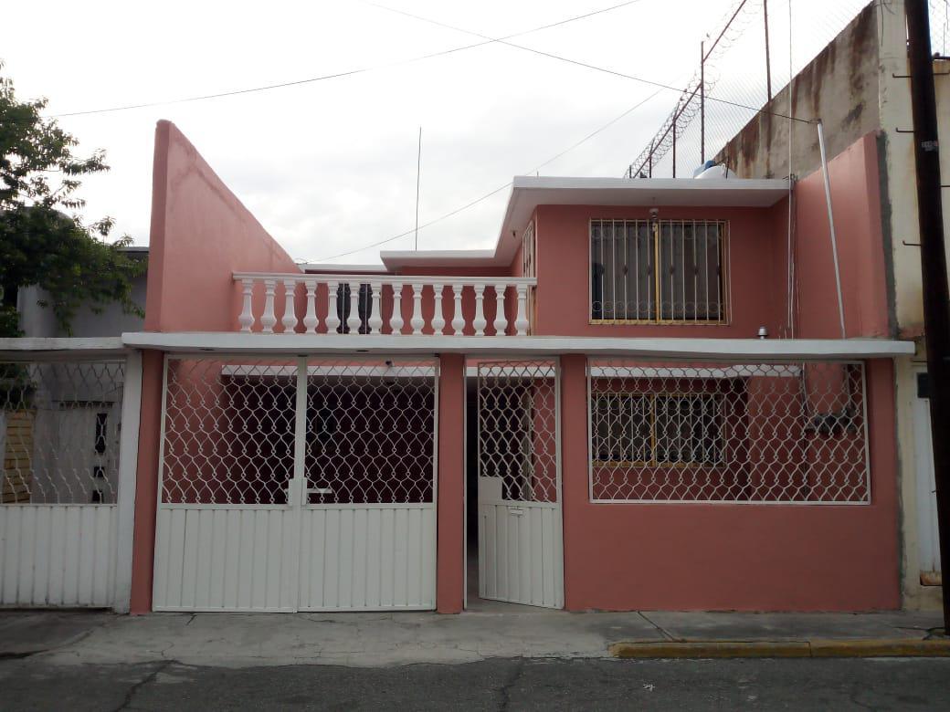Foto Casa en Venta en  Fraccionamiento Villa de las Flores 1a Sección (Unidad Coacalco),  Coacalco de Berriozábal  FRACC. VILLA DE LAS FLORES