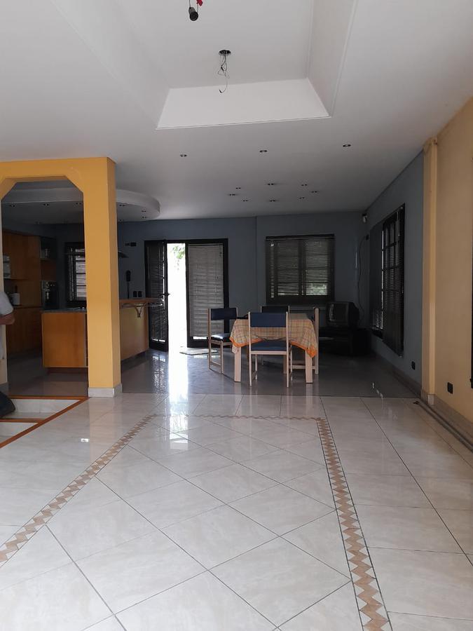 Foto Casa en Venta en  Adrogue,  Almirante Brown  Soler 100