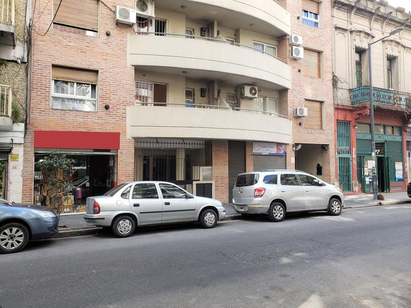 Foto Local en Venta en  Flores ,  Capital Federal  Varela 42