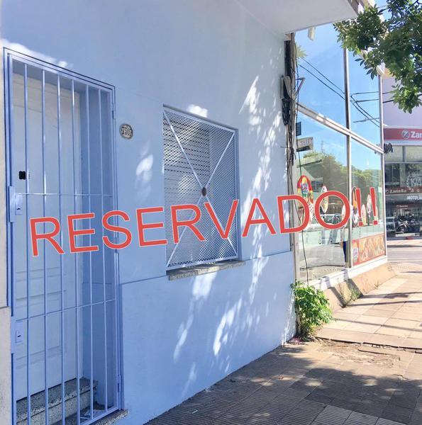 Foto PH en Alquiler en  Velez Sarsfield ,  Capital Federal  Av. Juan B Justo al 7500