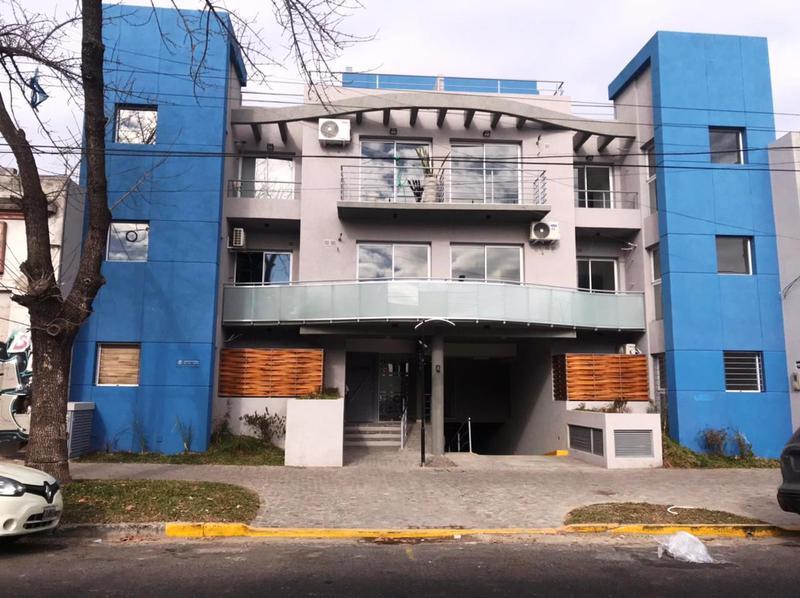 Foto Departamento en Venta en  Lomas de Zamora Oeste,  Lomas De Zamora  Boedo 634 PB H