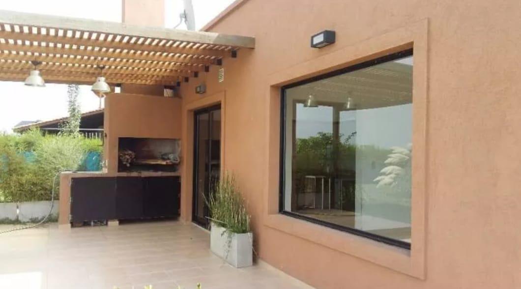 Foto Casa en Venta en  San Francisco,  Villanueva  Venta casa de 4 amb. a la laguna Villanueva, Tigre