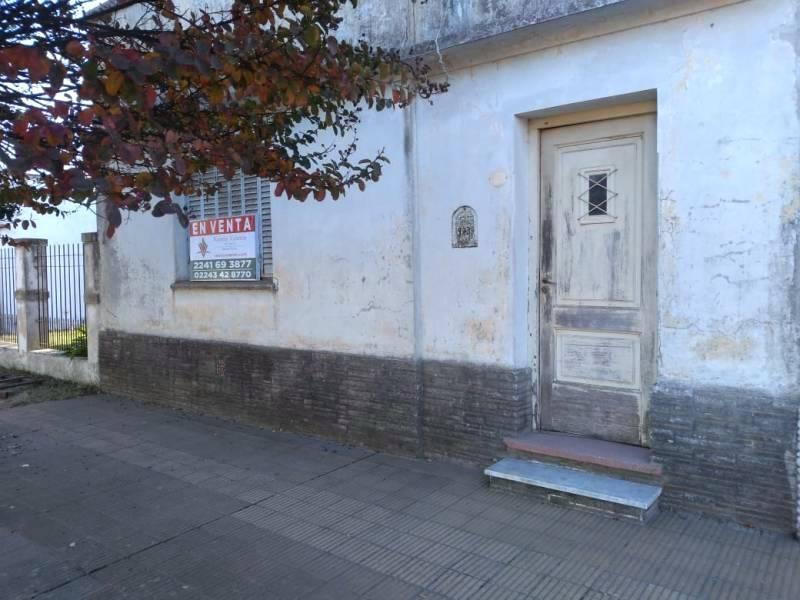 Foto Casa en Venta en  General Belgrano,  General Belgrano  Calle Moreno e/ Posada Y Burgueño al 100