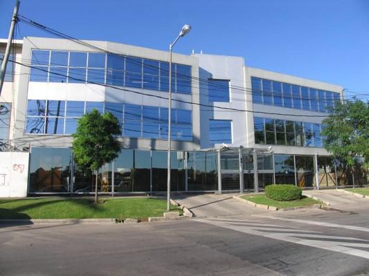 Foto Oficina en Alquiler en  San Isidro ,  G.B.A. Zona Norte  Colectora Este al 2100
