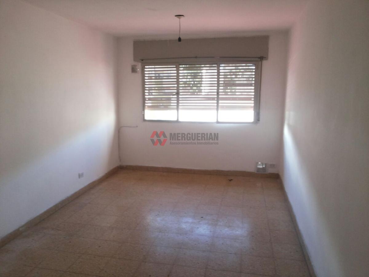 Foto Departamento en Venta en  Alberdi,  Cordoba  DEAN FUNES al 1100
