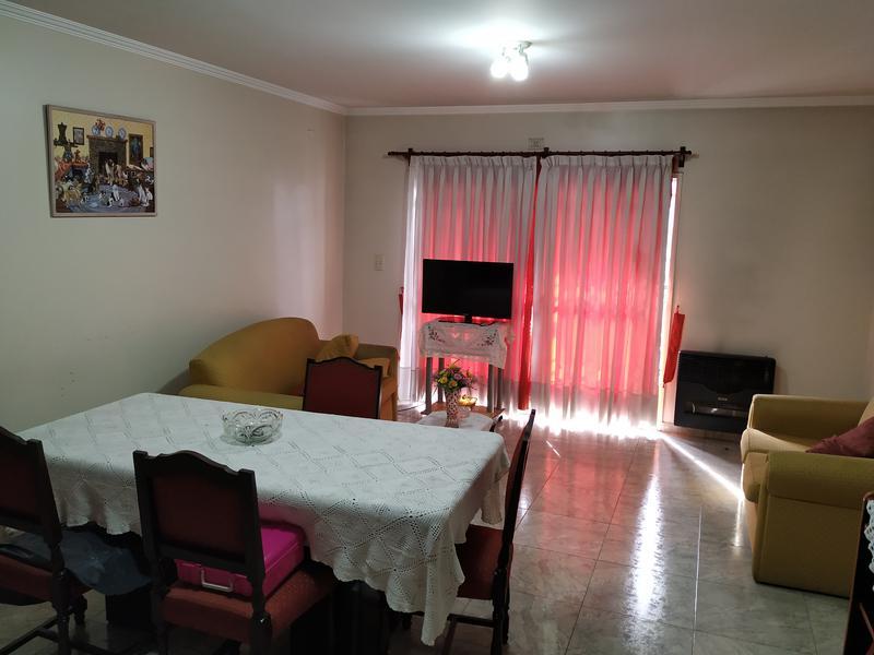 Foto Departamento en Venta |  en  Valentin Alsina,  Lanus  Juan Farrel al 700