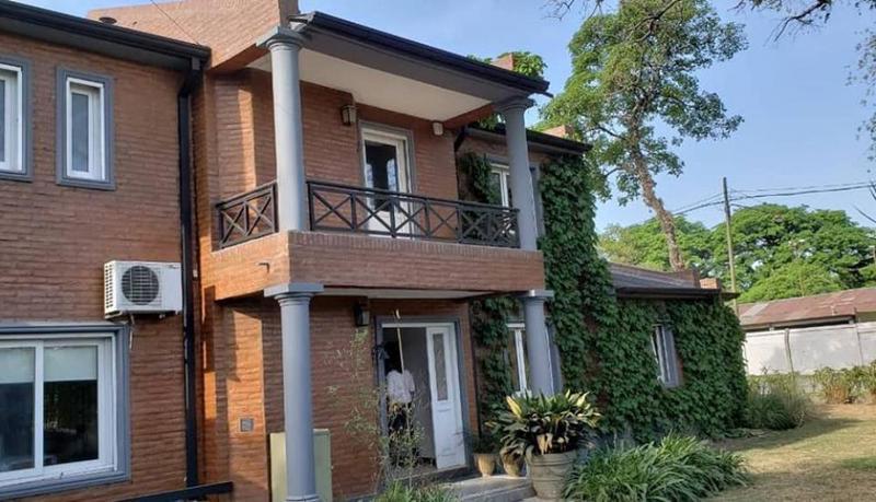 Foto Casa en Venta en  Yerba Buena ,  Tucumán  YERBA BUENA- ZONA DEL GOLF