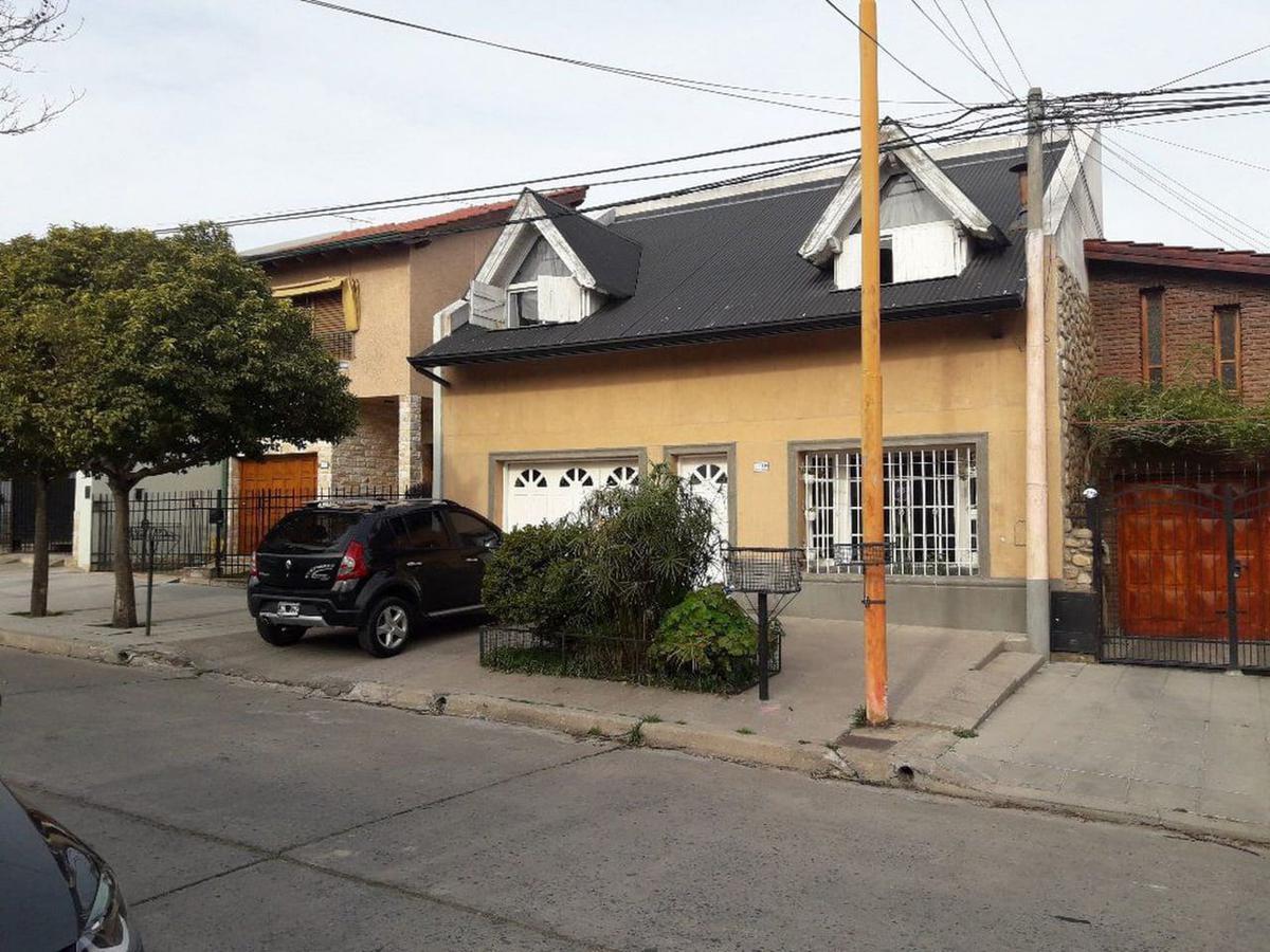 Foto Casa en Venta en  Bahia Blanca,  Bahia Blanca  Belgrano 1169, Bahia Blanca