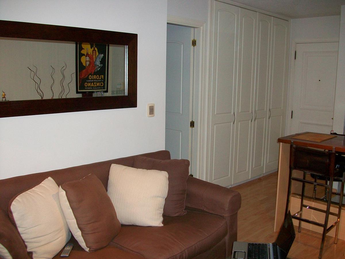 Foto Apartamento en Alquiler en  Tres Cruces ,  Montevideo  8 de octubre al 2200