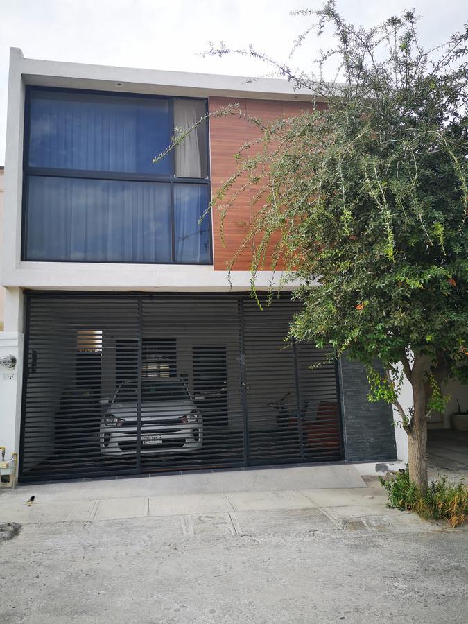 Foto Casa en Venta en  Los Viñedos,  Santa Catarina  Casa en Venta Los Viñedos