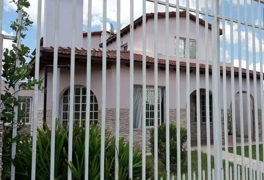 Foto Casa en Venta en  Concordia,  Concordia  Pio XII y Pte. Peron