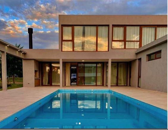 Foto Casa en Venta en  City Bell,  La Plata  467 al 500