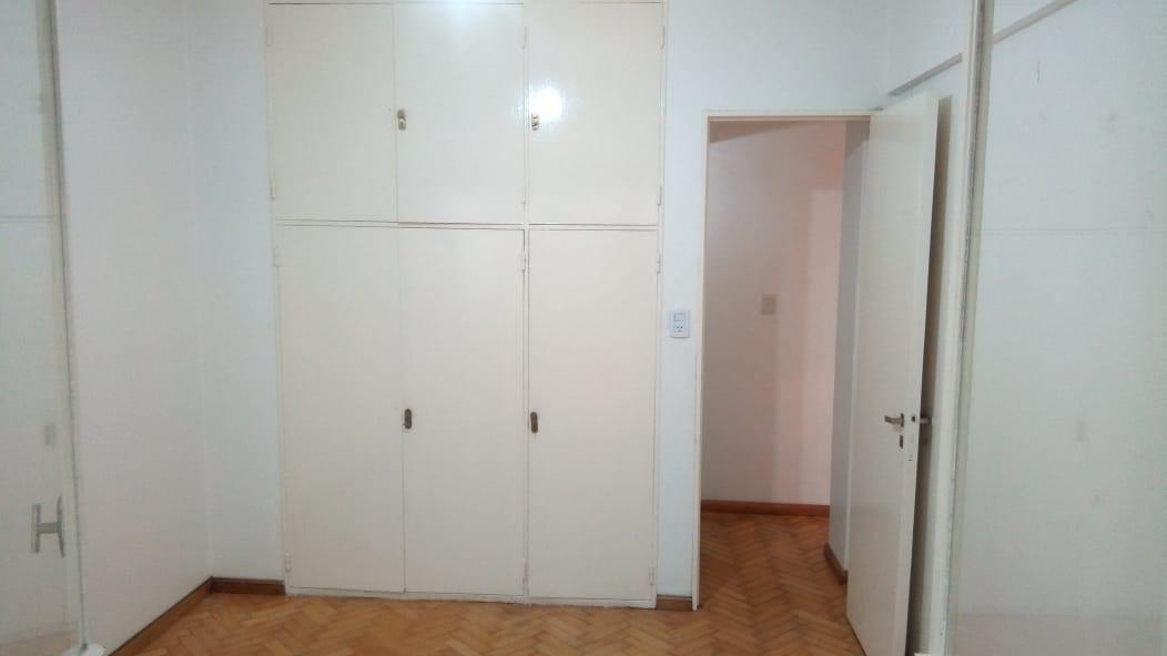 Foto Oficina en Alquiler en  Recoleta ,  Capital Federal  Libertad al 1100