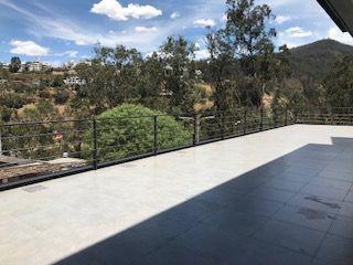 Foto Departamento en Alquiler en  Miravalle,  Quito          DEPARTAMENTO DE LUJO , VENTA Y/O RENTA  MIRAVALLE4 176 MTS,129 TERRAZA, 67 JARDIN,3 DOR