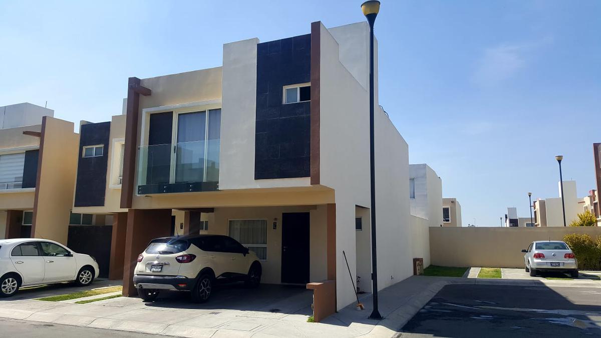 Foto Casa en condominio en Venta en  Toluca ,  Edo. de México  Casa en Venta en Residencial Paseo Arboleda
