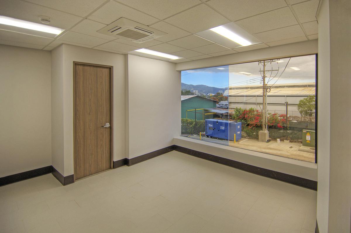 Foto Oficina en Renta en  Uruca,  San José  Oficinas en La Uruca desde $3.785