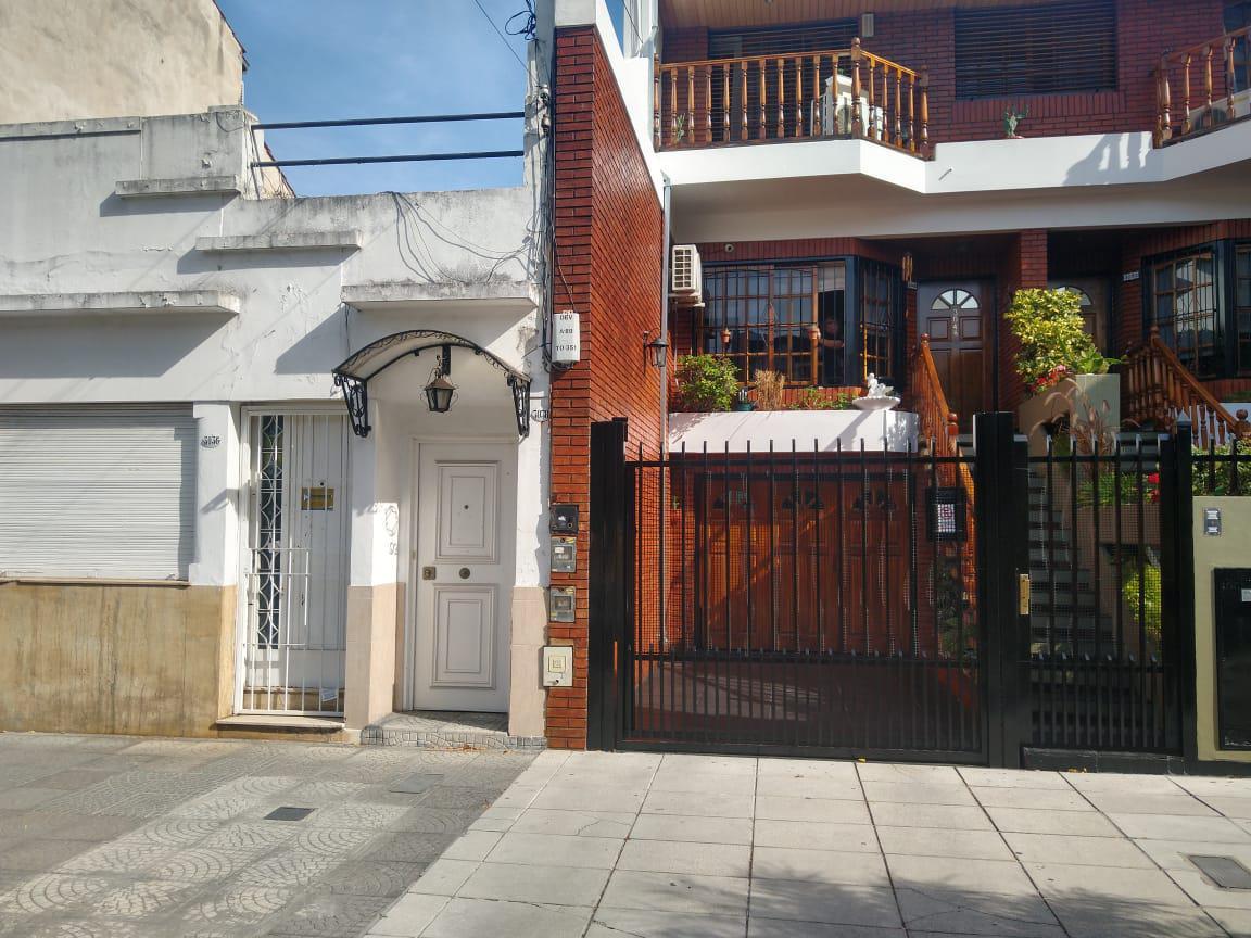 Foto Casa en Venta en  Villa del Parque ,  Capital Federal  LLAVALLOL al 3000