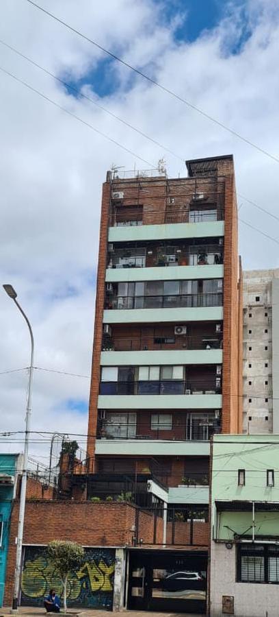 Foto Departamento en Venta en  Avellaneda ,  G.B.A. Zona Sur  belgrano al 400