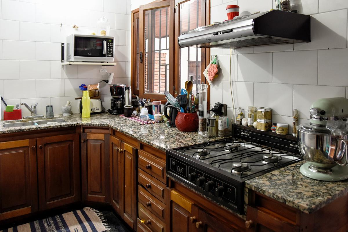 Foto Casa en Venta en  La Plata ,  G.B.A. Zona Sur  495 entre 11 y 12
