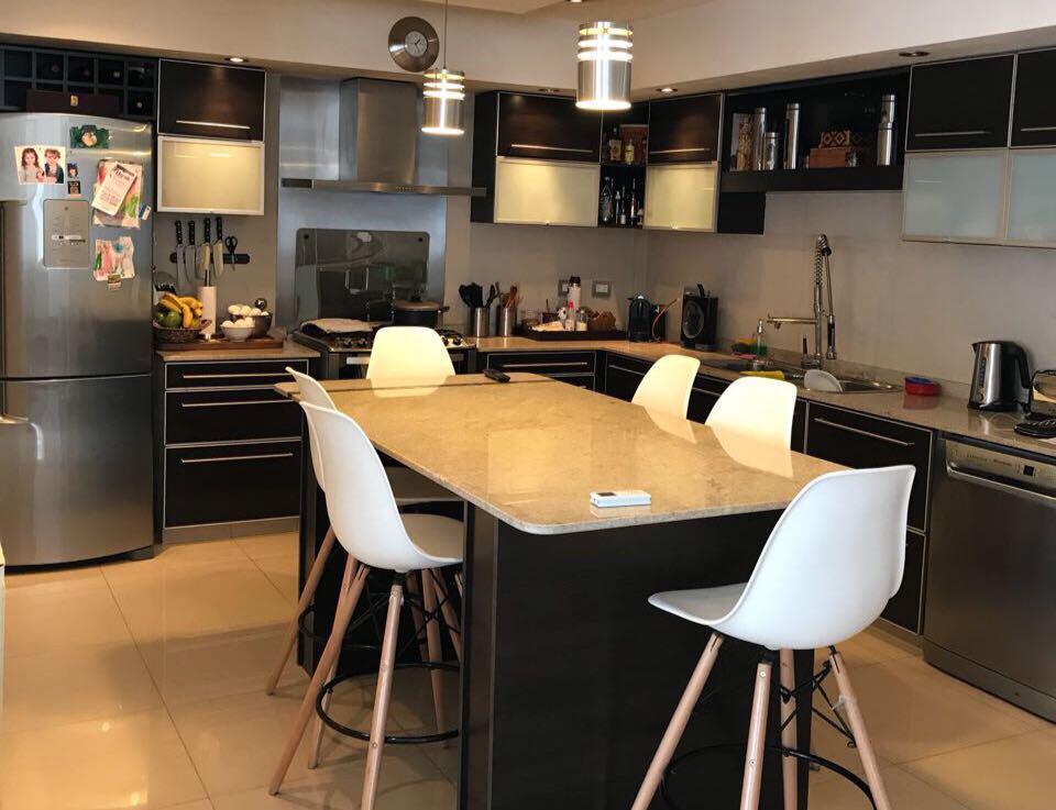 Foto Casa en Venta en  Olivos-Golf,  Olivos  Valle Grande al 2500