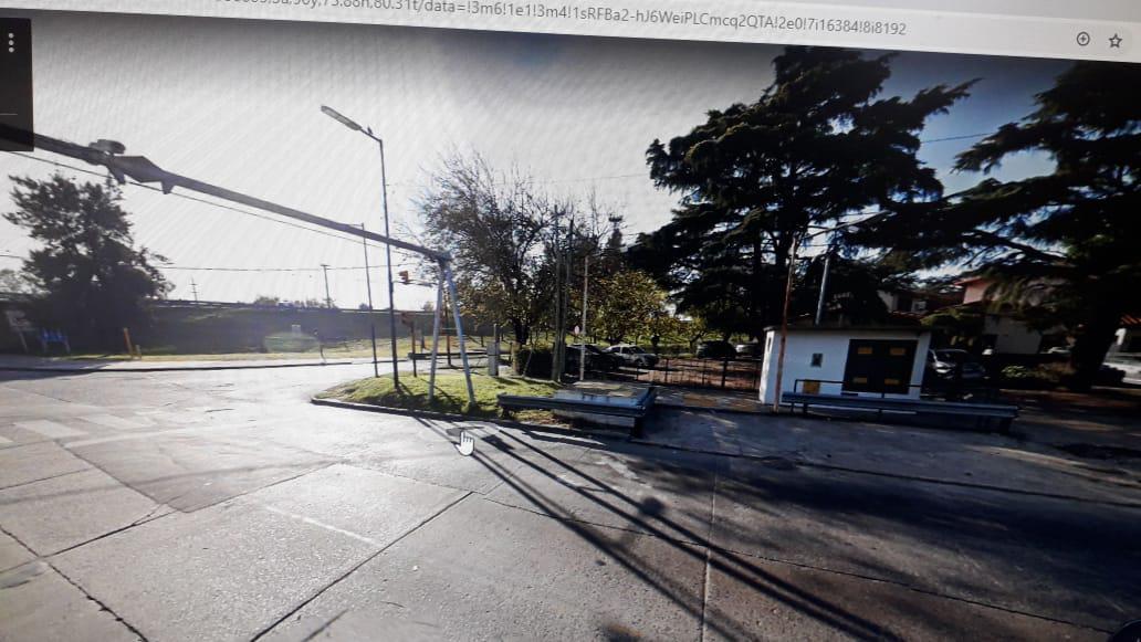 Foto Local en Venta en  San Isidro ,  G.B.A. Zona Norte  Sucre al 500