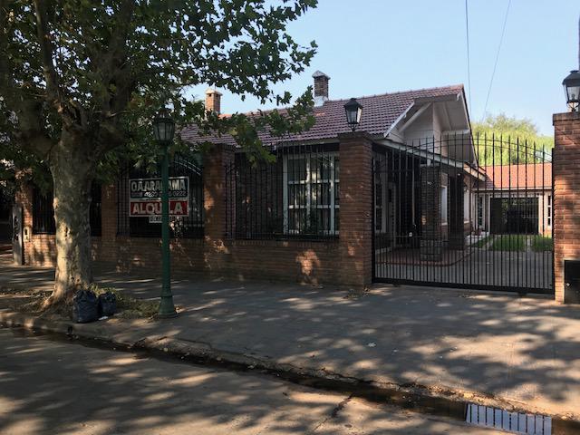 Foto Casa en Alquiler en  Monte Grande,  Esteban Echeverria  Dorrego al 200