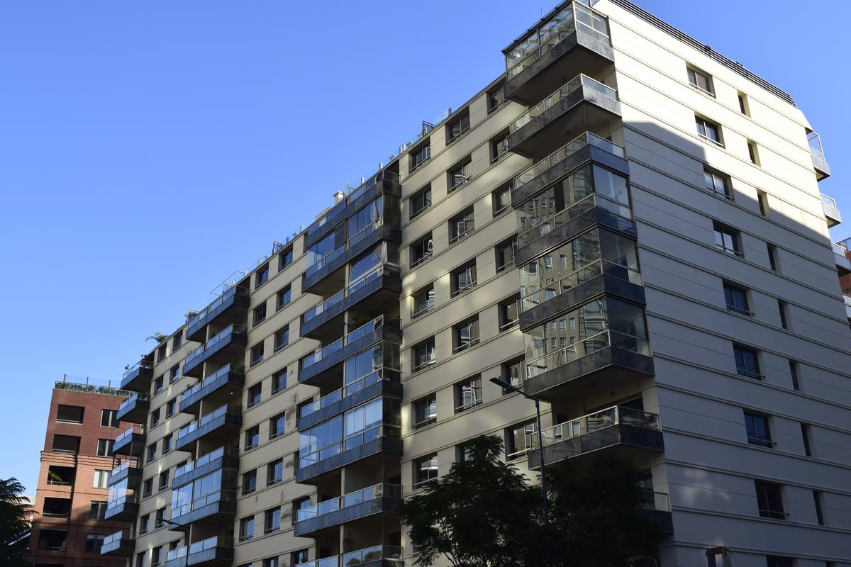 Foto Departamento en Alquiler en  Puerto Madero,  Centro  Rio Plaza - Aime Paine al 1300
