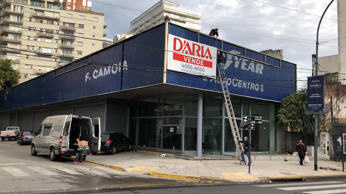 Foto Terreno en Venta en  Olivos,  Vicente Lopez  Av. Del Libertador al 2700