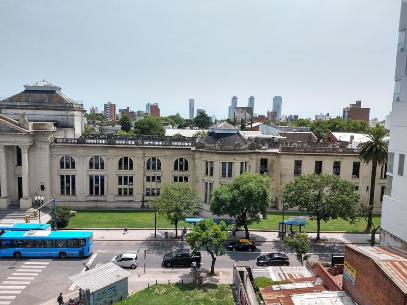 Foto Departamento en Venta en  Echesortu,  Rosario  Francia al 700