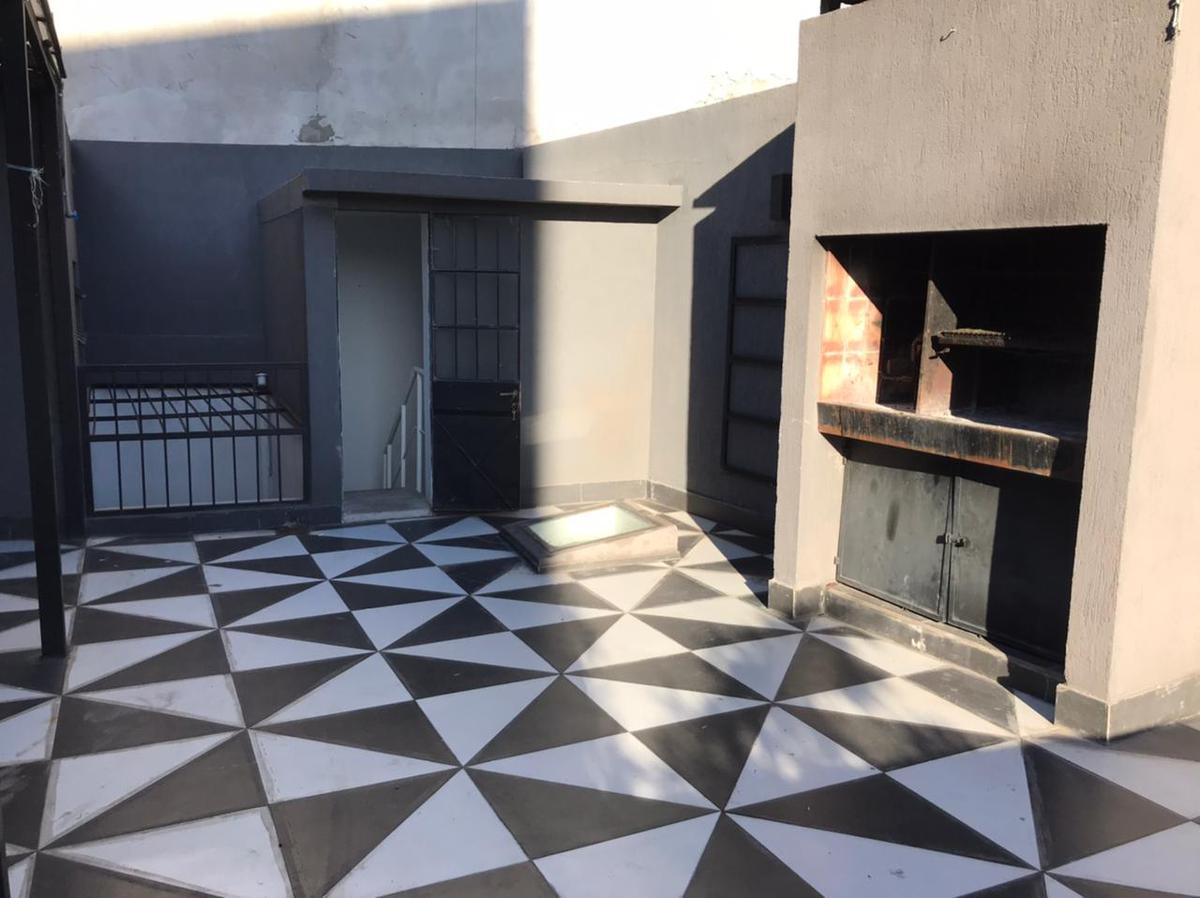 Foto Casa en Venta en  Almagro ,  Capital Federal  Mario Bravo al 800