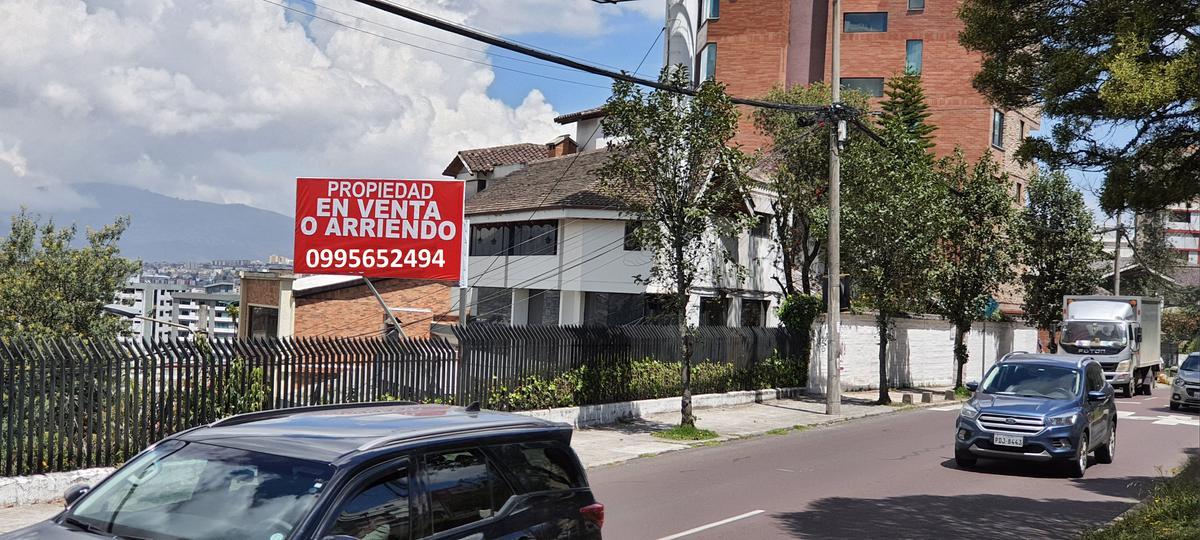 Foto Casa en Venta | Alquiler en  El Batán,  Quito  el Batan