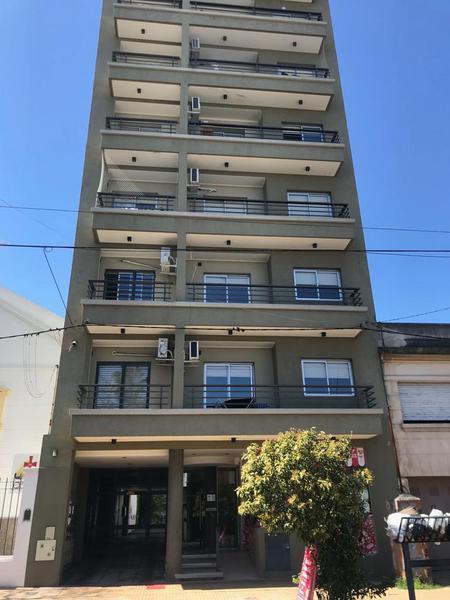 Foto Departamento en Alquiler en  La Plata ,  G.B.A. Zona Sur  48 entre 16 y 17