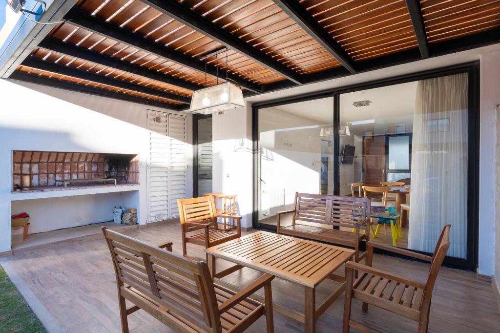 Foto Casa en Venta en  Chacras del Norte,  Cordoba Capital  Av Spilimbrego al 3500