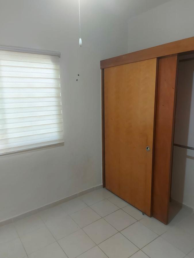 Foto Casa en Renta | Venta en  Supermanzana 523,  Cancún  CASA EN VENTA-RENTA EN AVENIDA LAS TORRES EN RESIDENCIAL CARACOL