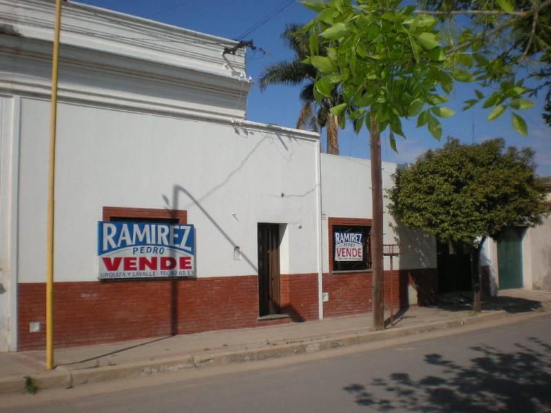 Foto Casa en Venta en  Gualeguaychu ,  Entre Rios  Ituzaingo al 400