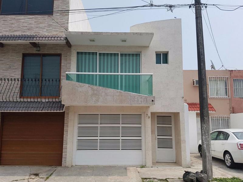 Foto Casa en Renta en  Unidad habitacional Malibran,  Veracruz  CASA EN RENTA AMUEBLADA COLONIA MALIBRAN BOCA DEL RÍO VER