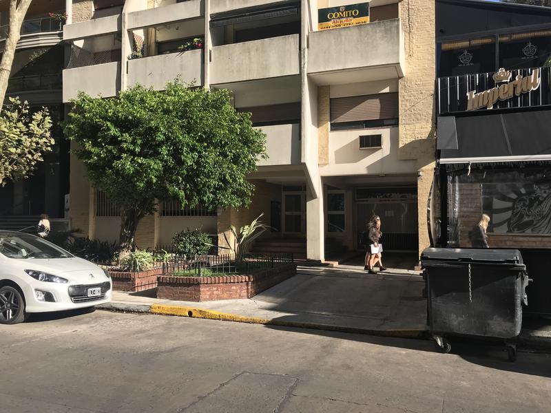 Foto Departamento en Alquiler en  Lomas de Zamora Oeste,  Lomas De Zamora  COLOMBRES 280 1º C
