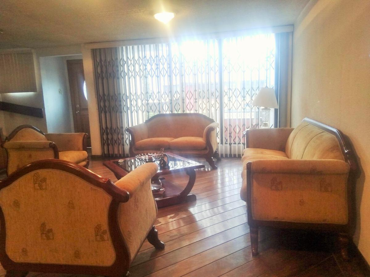Foto Casa en Venta en  Norte de Quito,  Quito  Laureles