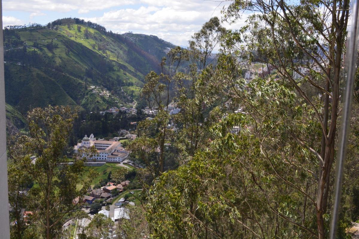 Foto Departamento en Alquiler en  Centro Norte,  Quito  RENTA DPTO PRECIOSA VISTA GONZALEZ SUAREZ, 3 DORM