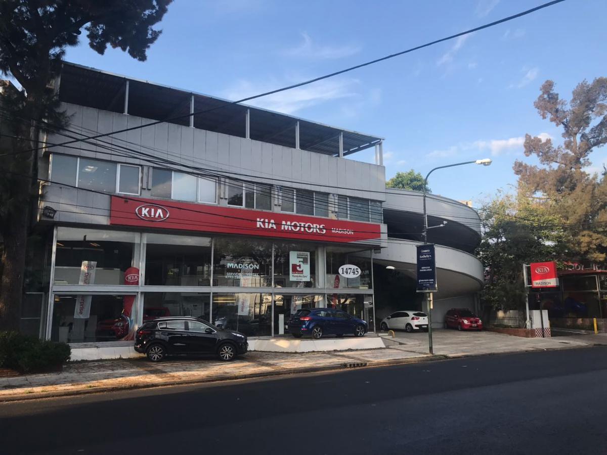 Foto Local en Alquiler en  Acas.-Libert./Solis,  Acassuso  Av. del Libertador 14.743
